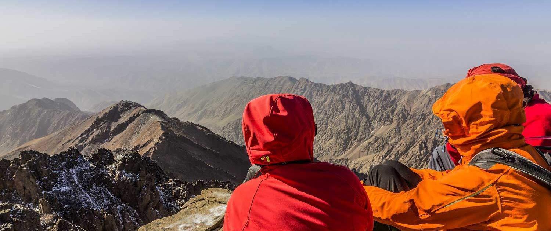 Ausblick vom Gipfel des Jbel Toubkal im Atlasgebirge, Marokko