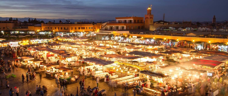 Marokko Rundreise, Djemaa el Fna bei nacht in Marraksch, Marokko