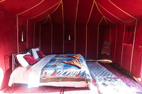 8-day round trip south Morocco, standard nomad tent in a desert camp in the Sahara