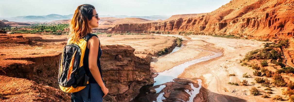 Marokko Berge und Wandern, Ausblick bei Wanderung im Atlasgebirge