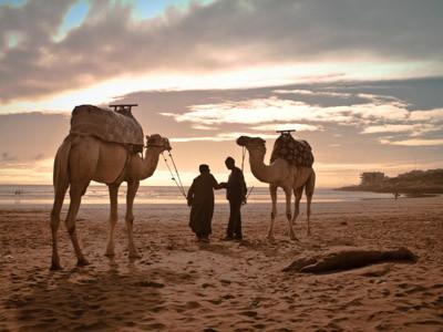 Marokko Strand und Meer, Strand von Taghazout am Atlantik in Marokko